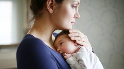 woman postpartum depression